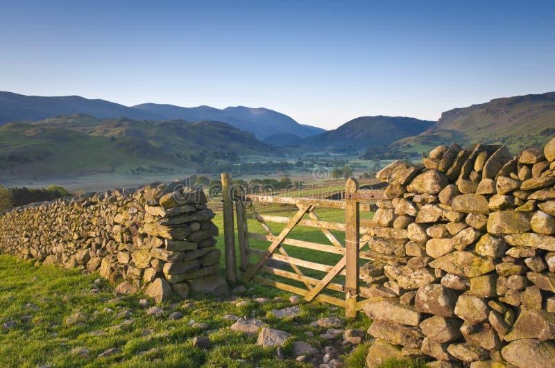 Заречье озера, Cumbria, Великобритания стоковые изображения rf