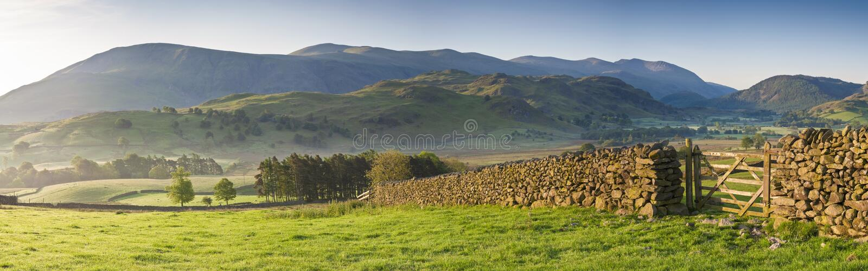 Заречье озера, Cumbria, Великобритания стоковое изображение rf