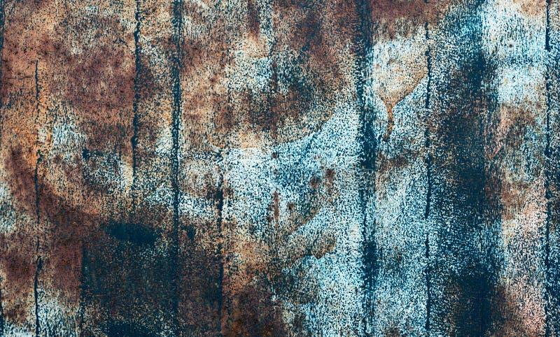 Заржаветая покрашенная синью стена металла стоковые фотографии rf