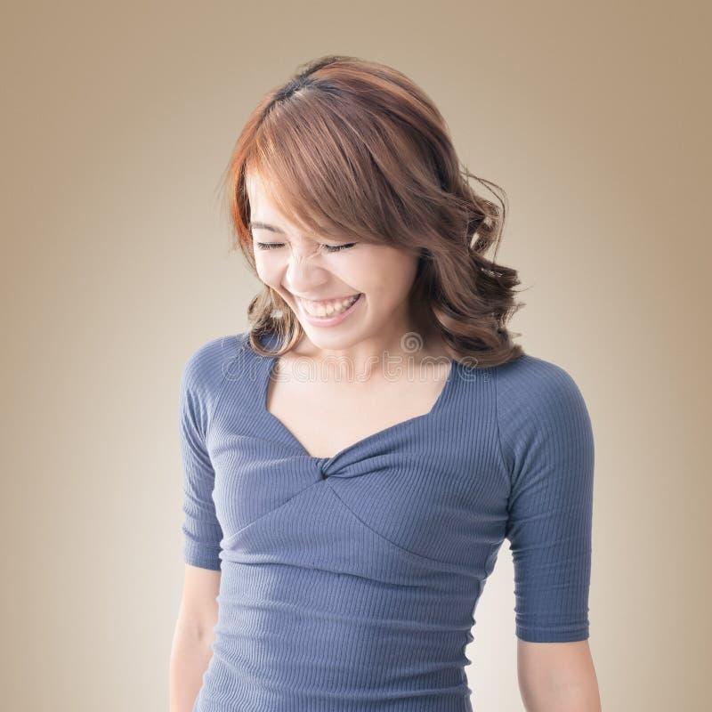 Застенчивый азиатский усмехаться девушки стоковое фото rf