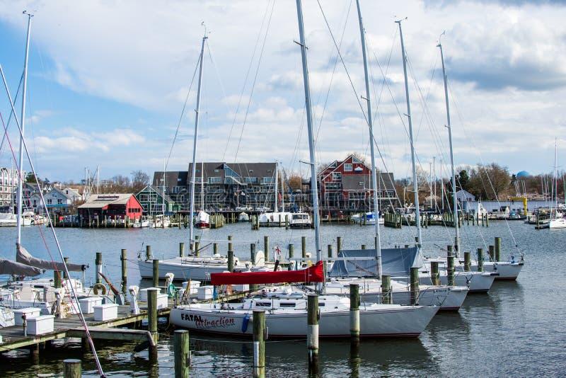 Затаите область Аннаполиса, Мэриленда на пасмурный весенний день с s стоковые изображения