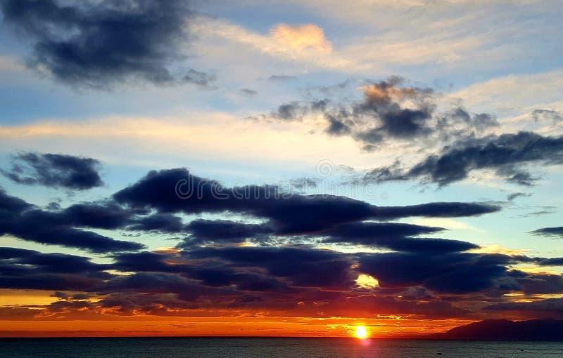 Затишье вечера захода солнца стоковая фотография