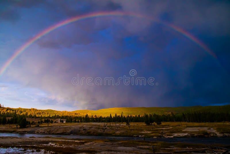 Затишье после шторма, национальный парк Йеллоустона стоковые фотографии rf