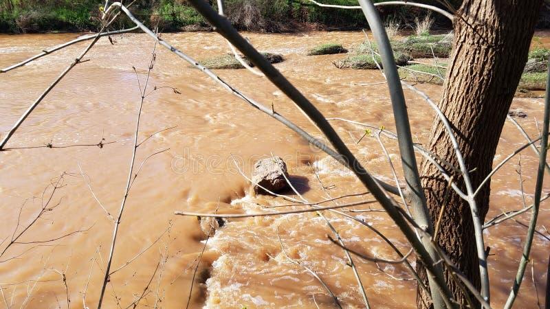 Затопленный первоначально водопад wichita в Wichita Falls Техасе стоковые изображения rf