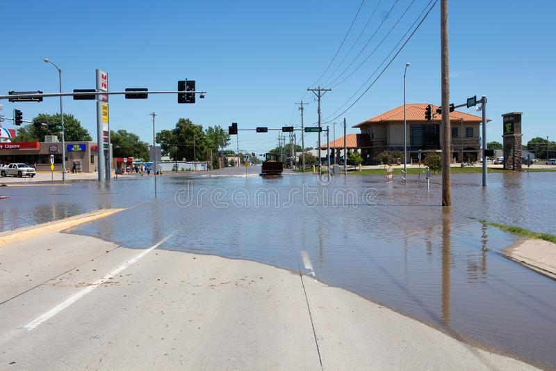 Затопляющ в Kearney, Небраска после проливного дождя стоковая фотография