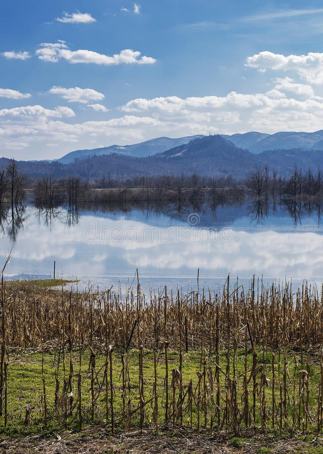 Затопленная долина стоковая фотография rf