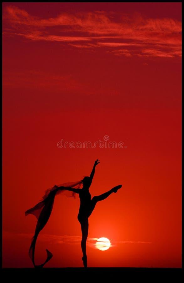 заход солнца балета стоковые изображения
