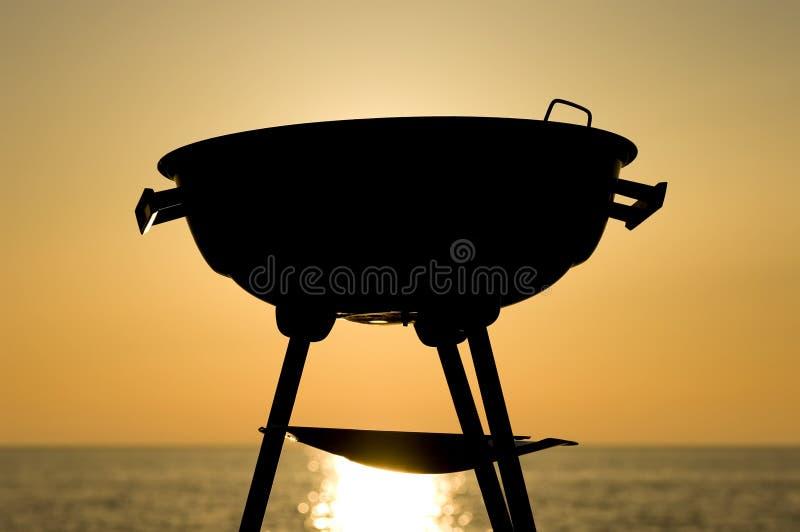 заход солнца барбекю стоковая фотография