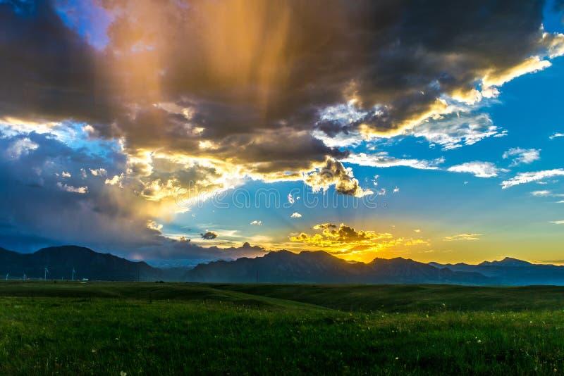 Заход солнца в Больдэре, Колорадо стоковая фотография rf