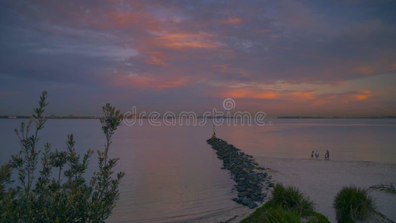 Заход солнца в пляже Брайтона Le Песка, Сиднее стоковое изображение