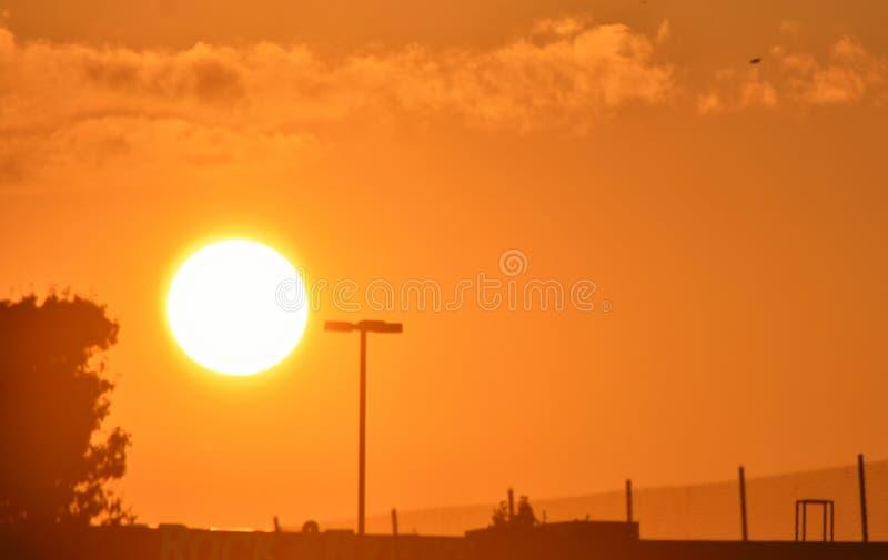 Заход солнца в северо-западном Оклахомаа-Сити стоковое фото rf