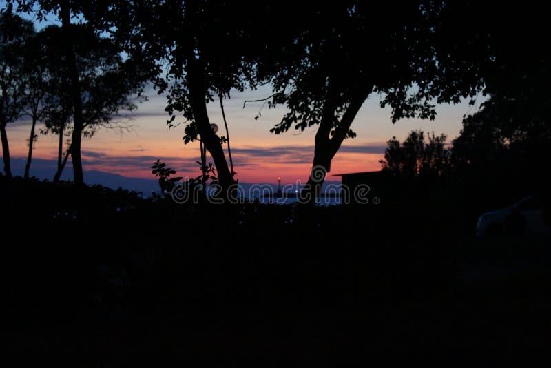 Заход солнца в thessaloniki, kalamaria стоковая фотография