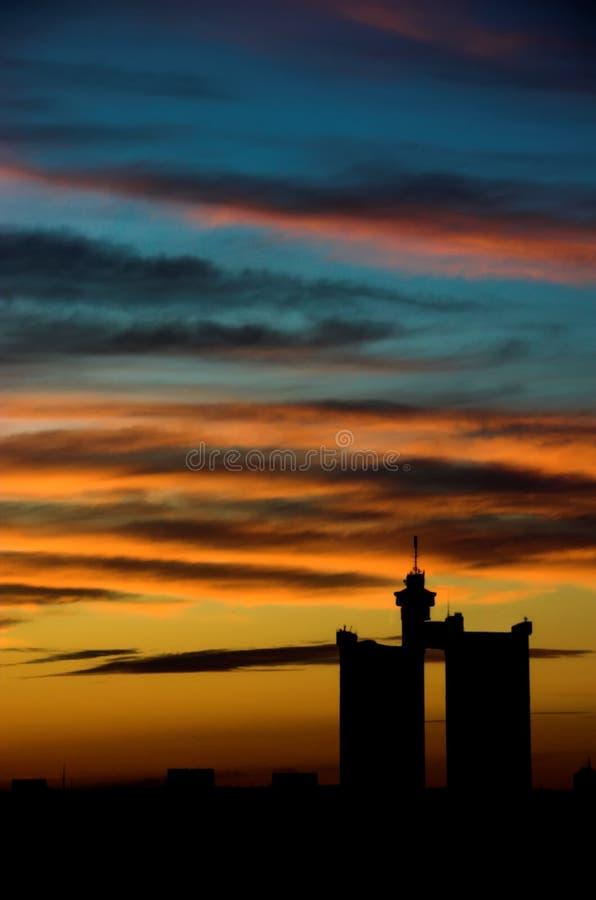 заход солнца города стоковая фотография