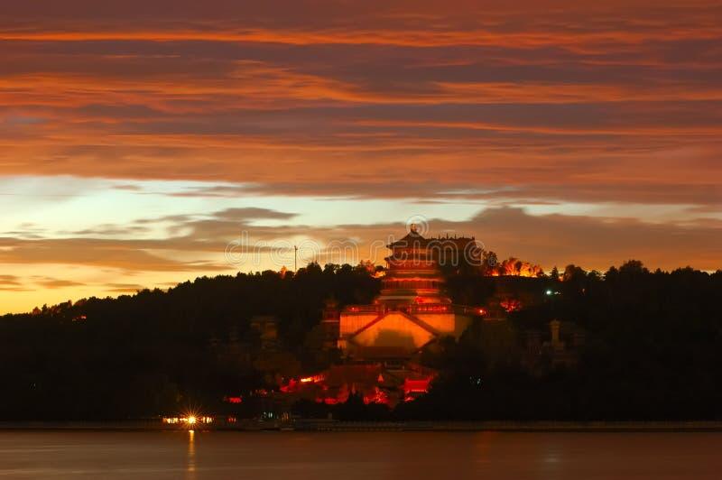 заход солнца лета дворца стоковая фотография