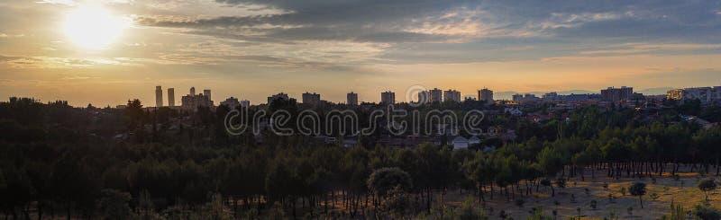 Заход солнца Мадрид стоковая фотография