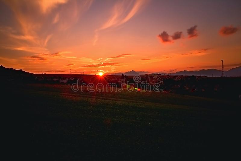 Заход солнца над словаками Liptov с предпосылкой гор Liptovska Mara и Choc стоковые фотографии rf