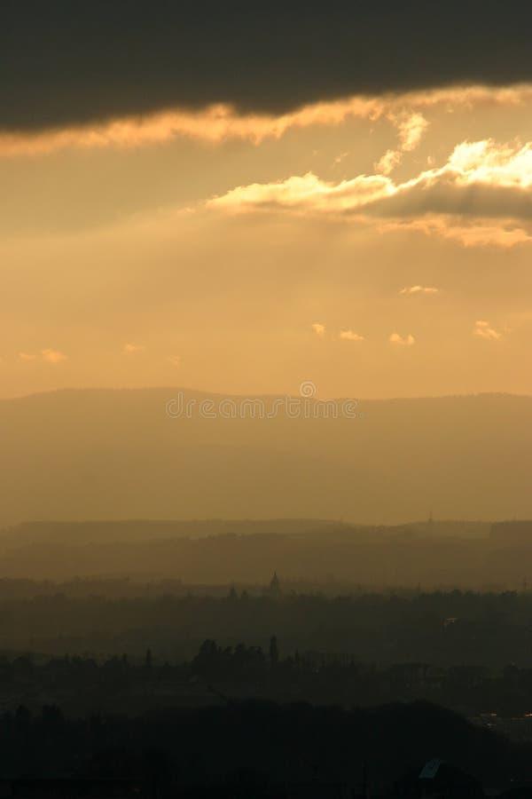 Заход солнца на городе 2 стоковые фото