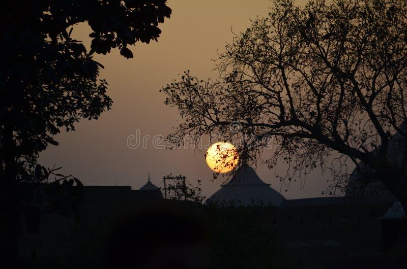Заход солнца на Лахоре стоковое изображение rf