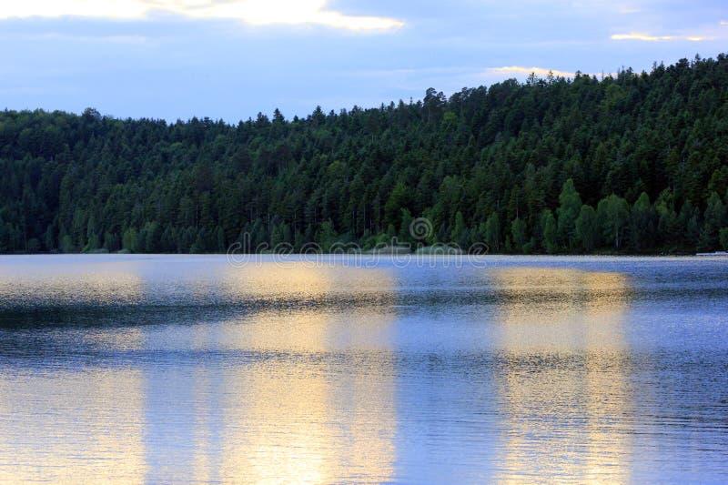 Заход солнца на озере percee pierre стоковые изображения rf
