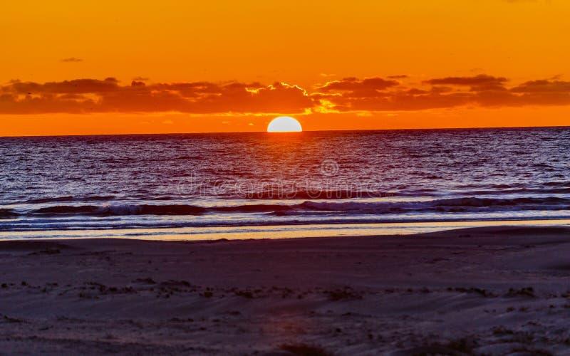 Заход солнца на пляже Pismo стоковые изображения rf