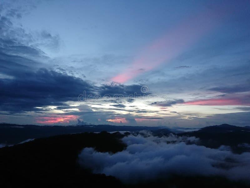 Заход солнца на Doi Luang Tak стоковое изображение