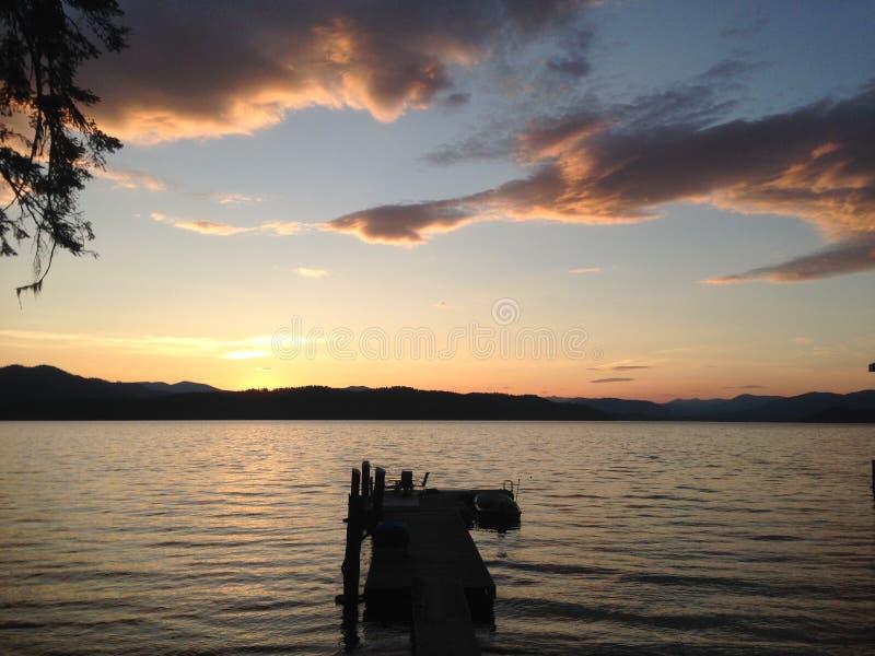 Заход солнца озера священник стоковая фотография rf