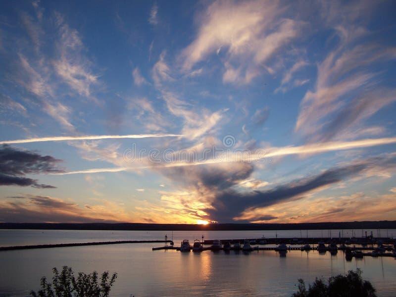 заход солнца озера стоковое фото
