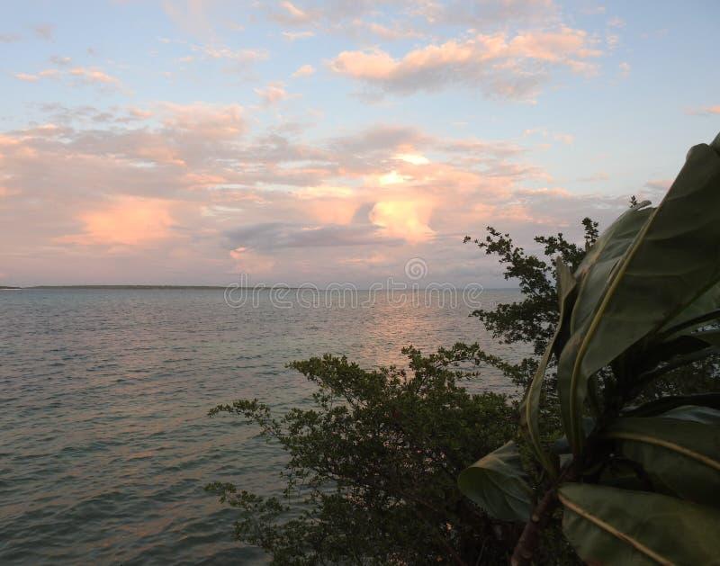 Заход солнца океана в Филиппинах стоковые фото