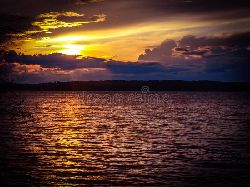 Заход солнца Онтарио стоковое изображение