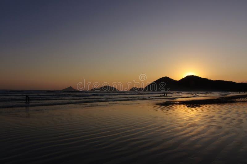 заход солнца отражения океана стоковое фото rf