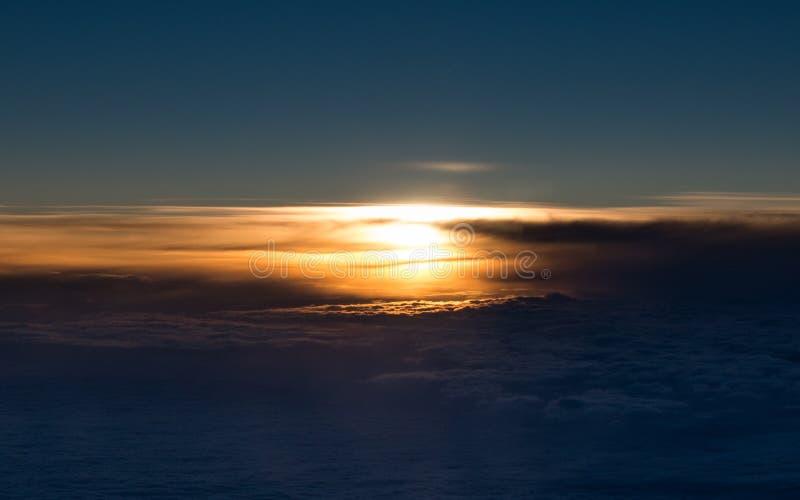 Заход солнца от арены стоковое изображение rf