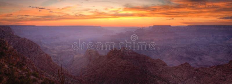 заход солнца панорамы каньона грандиозный стоковые изображения rf