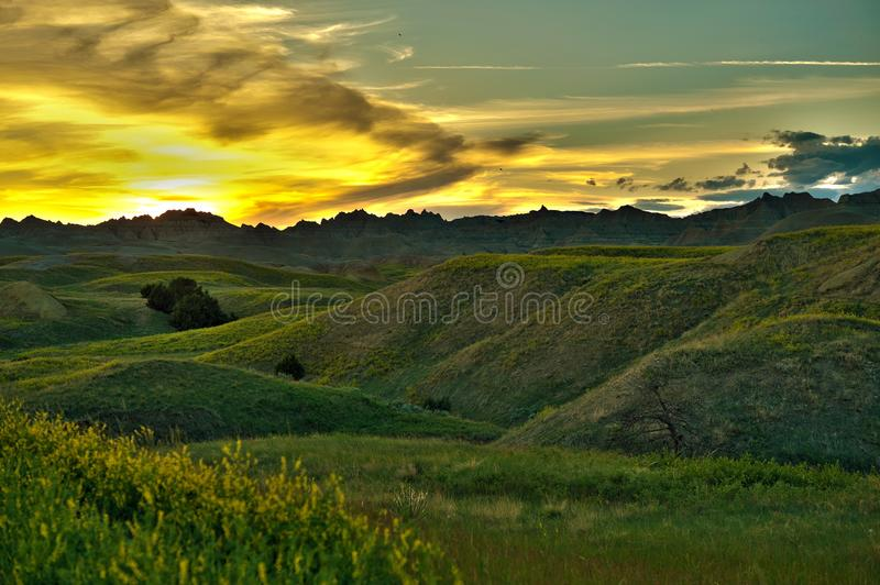заход солнца пейзажа неплодородных почв стоковое фото
