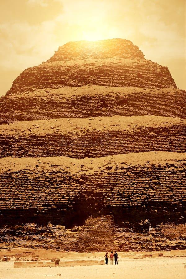 заход солнца пирамидки стоковое изображение
