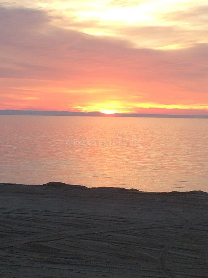 Заход солнца 1 пляжа стоковые изображения rf