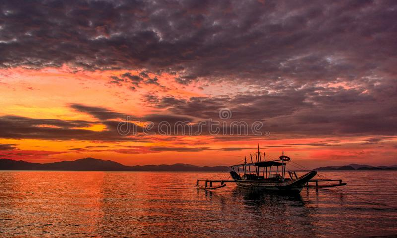 Заход солнца принятый на порт Barton, Palawan стоковое фото