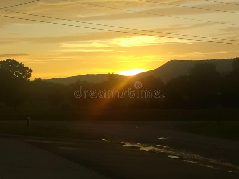 Заход солнца прочь стоковое изображение