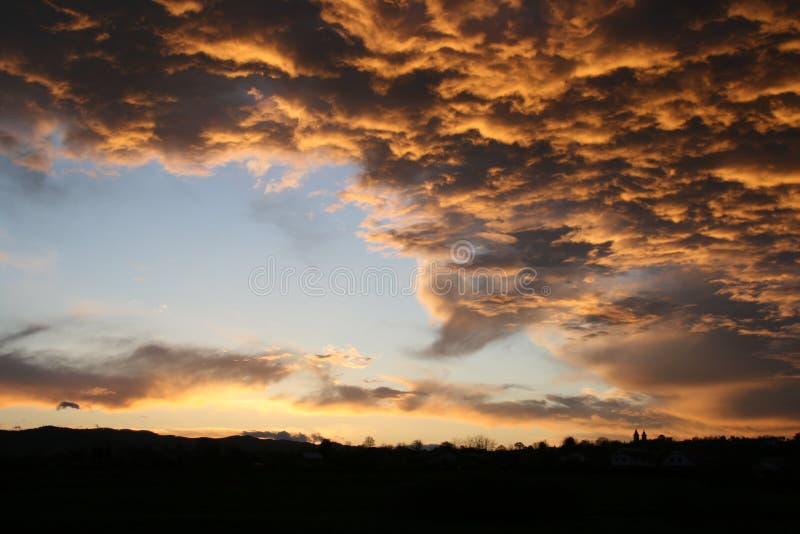заход солнца шторма стоковые изображения rf