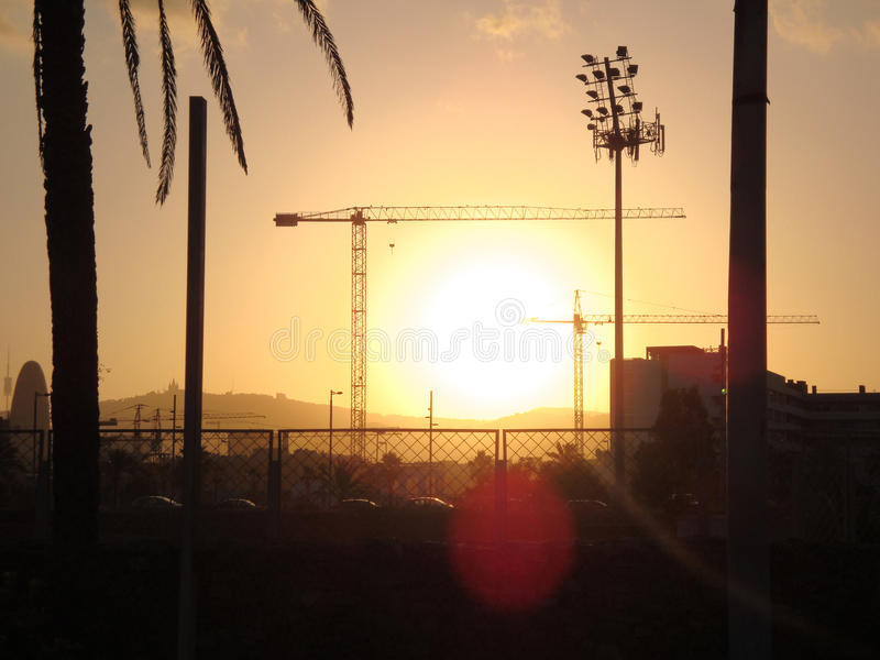заход солнца barcelona стоковые изображения