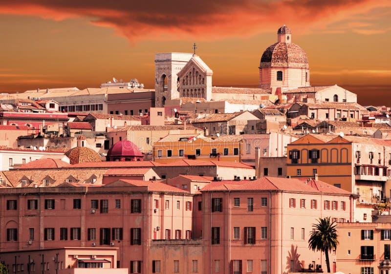 заход солнца cagliari Сардинии стоковое изображение