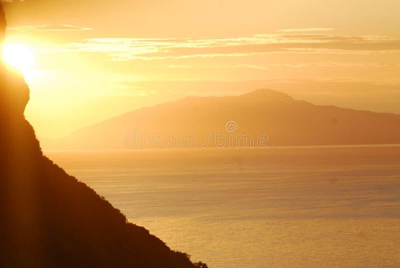 заход солнца capri стоковые изображения rf