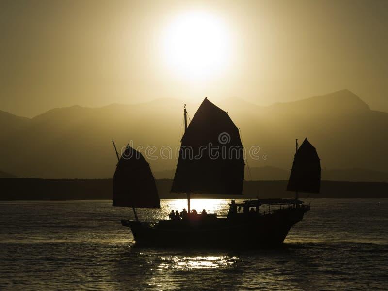 заход солнца crusie стоковое изображение