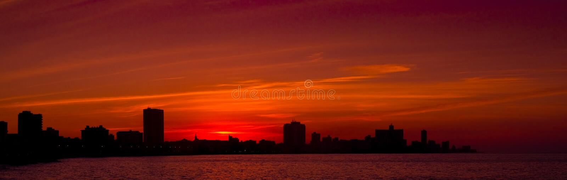 заход солнца havana ponoramic стоковая фотография