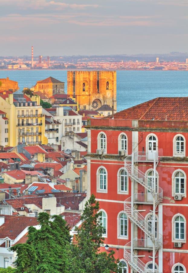 заход солнца lisbon Португалии стоковые фото