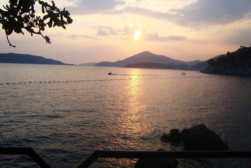 заход солнца montenegro стоковые фотографии rf