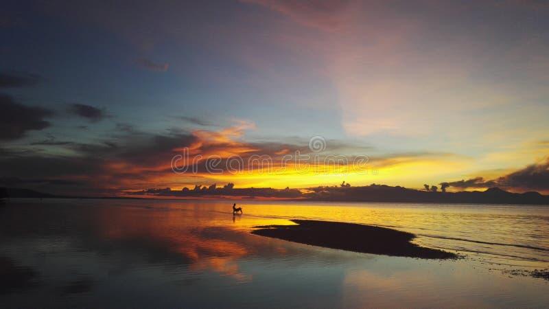 Заход солнца Siquijor стоковое изображение rf