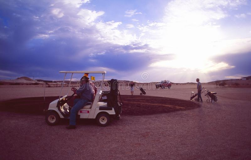 Захолустье-спорт: Поле для гольфа Coober Pedy стоковая фотография