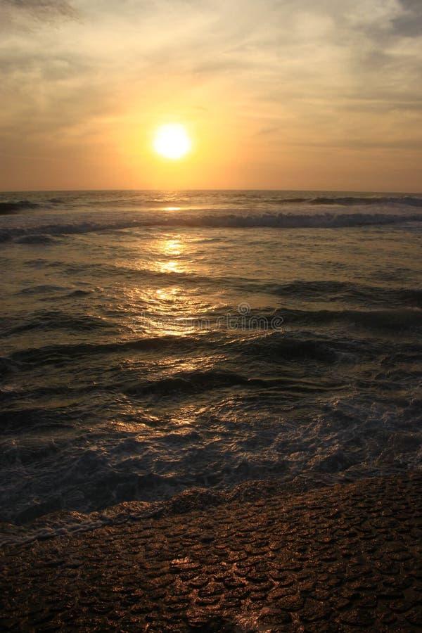 Заход солнца в острове Бали стоковые фото
