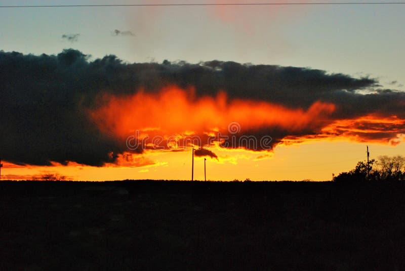 Заход солнца в северной пустыне Аризоны стоковые изображения rf