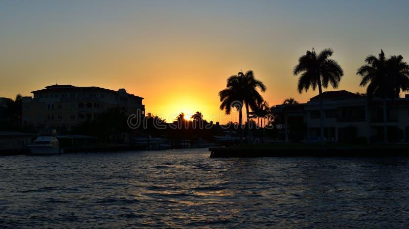 Заход солнца в Fort Lauderdale стоковые фотографии rf